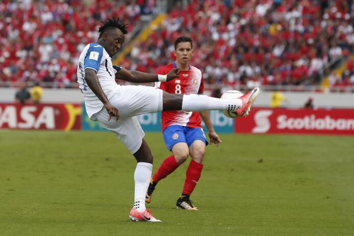 ¡Costa Rica es mundialista con gol de último minuto! ap-17280810594932.jpg