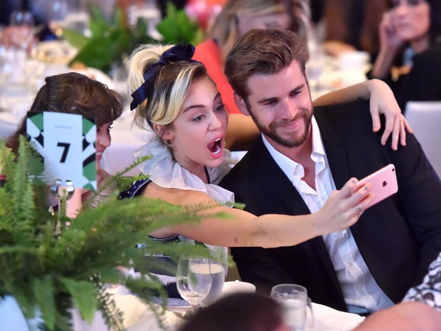 Miley Cyrus y Liam Hemsworth Variety