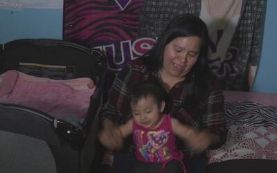 Esta mujer tuvo que hacerse cargo de su nieta de tres meses porque su hi...