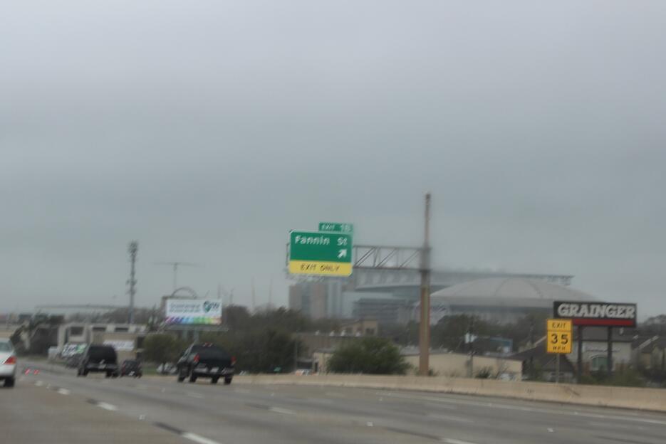 Segundo día gris y lluvioso en Houston Clima_severo_Houston3.jpg