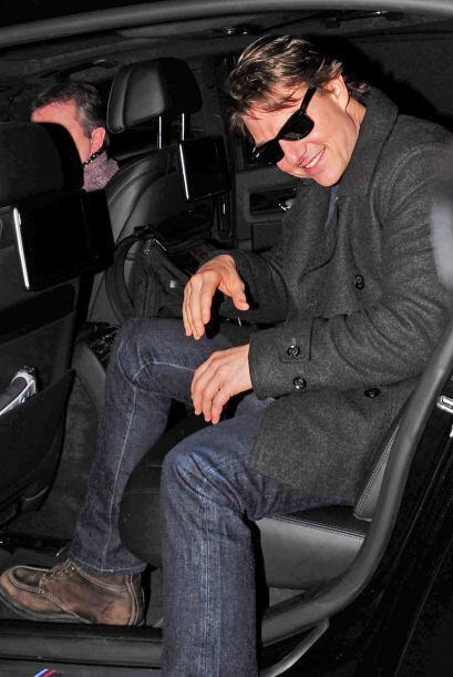 Tom Cruise se llevó un beso bien pintado, ¿quién se lo habrá dado, Salma...