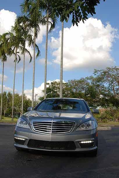 Mercedes-Benz le puso a su buque insignia que es la Clase S, tres letras...