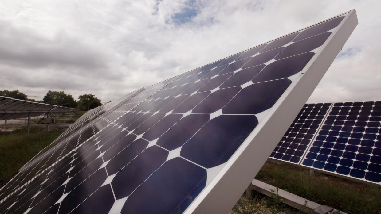 Una republicana del Tea Party que quiere más energía solar GettyImages-1...