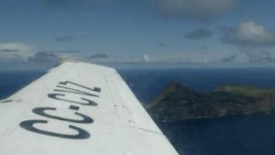 Un avión de la fuerza aérea se estrelló el viernes en el mar, cerca del...