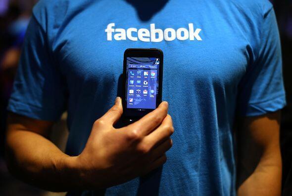 Facebook  A través del nuevo programa Facebook Offers, los minoristas pu...