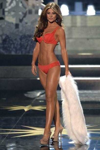 Constanza Báez terminó como segunda finalista, pero su belleza impactó a...