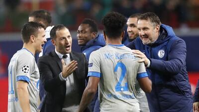 En fotos: un gol salvador de Weston McKennie le dio el triunfo al Schalke sobre Lokomotiv Moscú