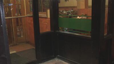 Alarma entre comerciantes del norte de Chicago por ola de robos a negocios