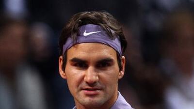 En casa y con su público, Federer a vanzó a segunda ronda.