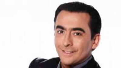 Adal Ramones regresa a la televisión como juez de 'Lo que más quieres'.