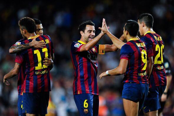 Xavi controló los hilos del partido e hizo un gol.