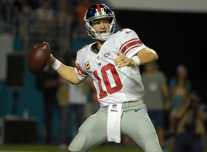 Los 30 jugadores con más puntos de fantasy en la semana 14 de la NFL 4-e...