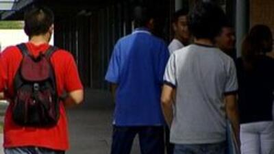 Jovencitos en la escuela