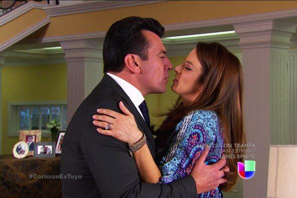 ¡Qué felicidad Ana y Fernando! Por fin se acabaron los problemas.