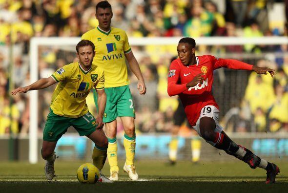 Con la ventaja en el marcador, el United cedió parte de la posesión de l...