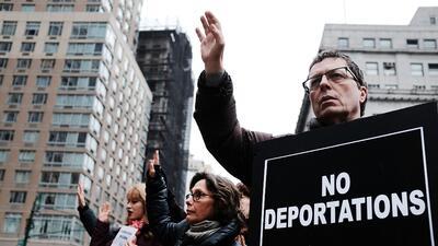 Activistas durante una marcha para pedirle al gobierno de Trump que dete...