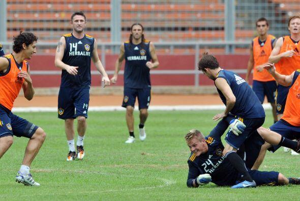 El Galaxy de los Angeles tuvo su primer entrenamiento en Indonesia, prim...