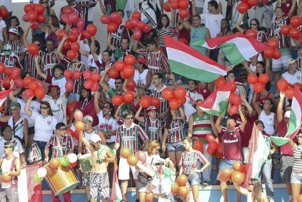 Vista parcial de la hinchada del Fluminense, una de las más numerosas de...