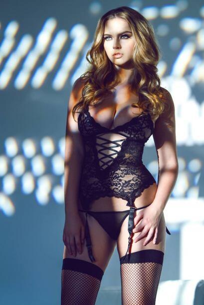 La espectacular modelo estadounidense Lauren Hanley es novia de Johnny M...