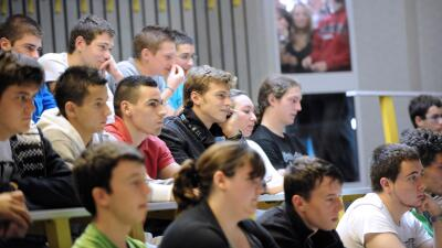 Los estudiantes deben preguntarse si quieren estudiar una carrera para l...