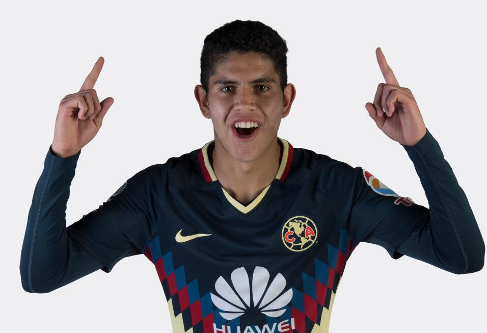 Carlos Vargas (América) - Defensa