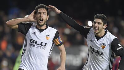 Valencia vuelve a la senda del triunfo a costa del Levante