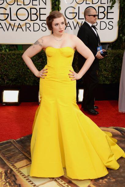Sin forma lució el cuerpo de Lena Dunham con el vestido de Zac Posen per...