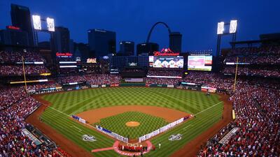 Cardinals le propinó su primera derrota a los campeones Cubs