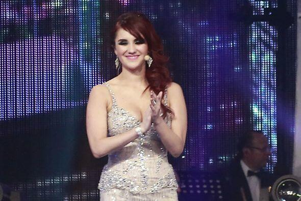 Dulce María,  su ex compañera en RBD, la felicitó por este gran lanzamie...