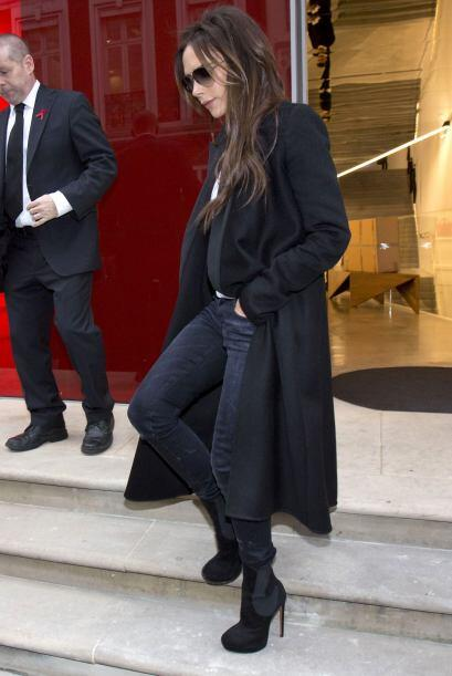 Victoria Beckham se caracteriza por su estilo y elegancia, este invierno...