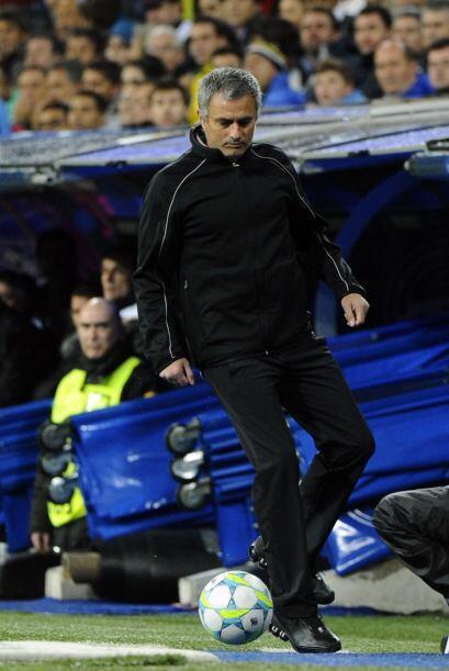 José Mourinho ya se veía relajado, hasta se ponía a hacer 'jueguito' con...