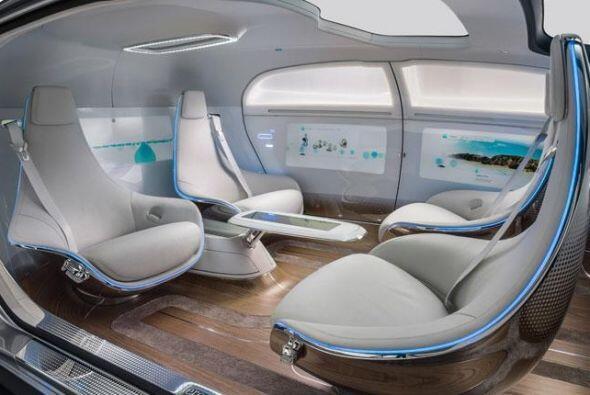 Mercedes-Benz F 015 Luxury in Motion Concept: Difícilmente sea un modelo...