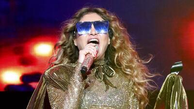 Paulina Rubio declara a gritos amar a Donald Trump en un concierto y explica el motivo de sus palabras
