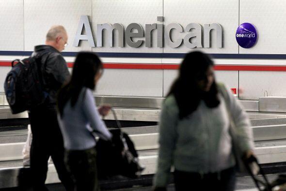 AMERICAN AIRLINES - La aerolínea y su casa matriz, el holding AMR, anunc...