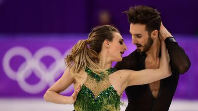 Pesadilla sobre hielo: patinadora enseña un seno durante rutina en Olímpicos de Invierno