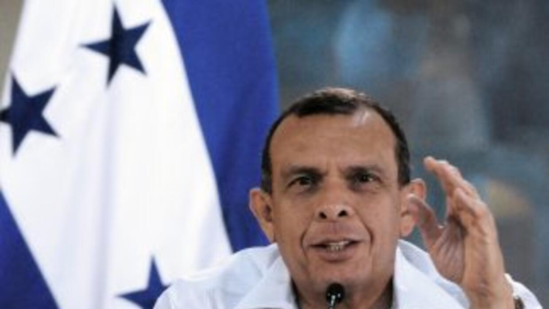 El presidente hondureño, Porfirio Lobo informó del acuerdo que alcanzó...