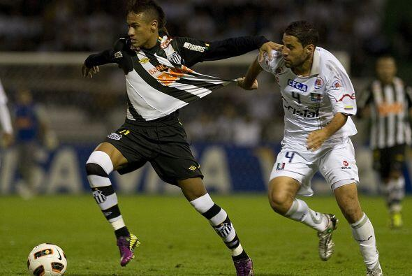 El Santos venció en el partido de ida por los cuartos de final a...
