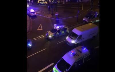 Imágenes de la escena donde un vehículo atropelló a varias personas en L...