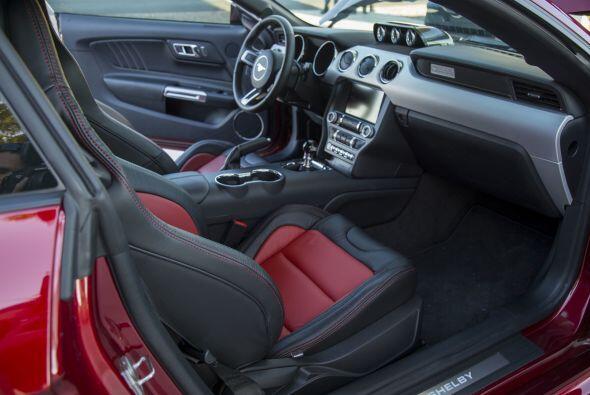 Las diferencias más notorias con respecto al modelo convencional de Ford...