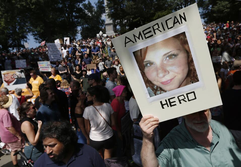 """""""Héroe estadounidense"""" es el mensaje que acompaña a esta fotog..."""