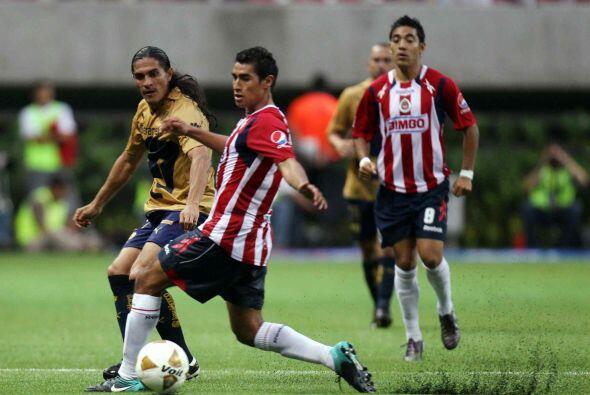 A diferencia de ello, duelos como el Pumas-Chivas resultan soporíferos,...
