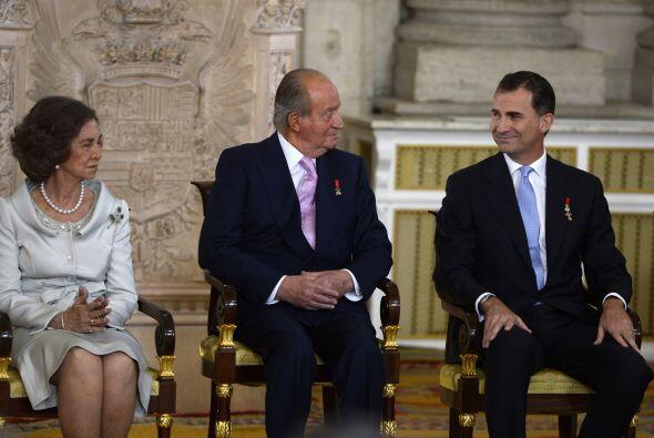 Felipe de Borbón será proclamado mañana rey en un acto en el Congreso de...