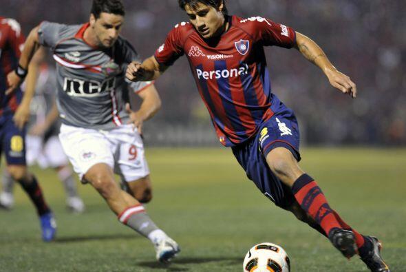 En tanto Cerro Porteño también clasificó a los cuartos de final al derro...
