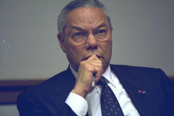El secretario de Estado, Colin Powell, en el PEOC. (Imagen del Archivo N...
