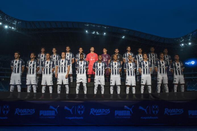 Monterrey presentó sus nuevos uniformes para la Liga MX 20170711_2220.jpg