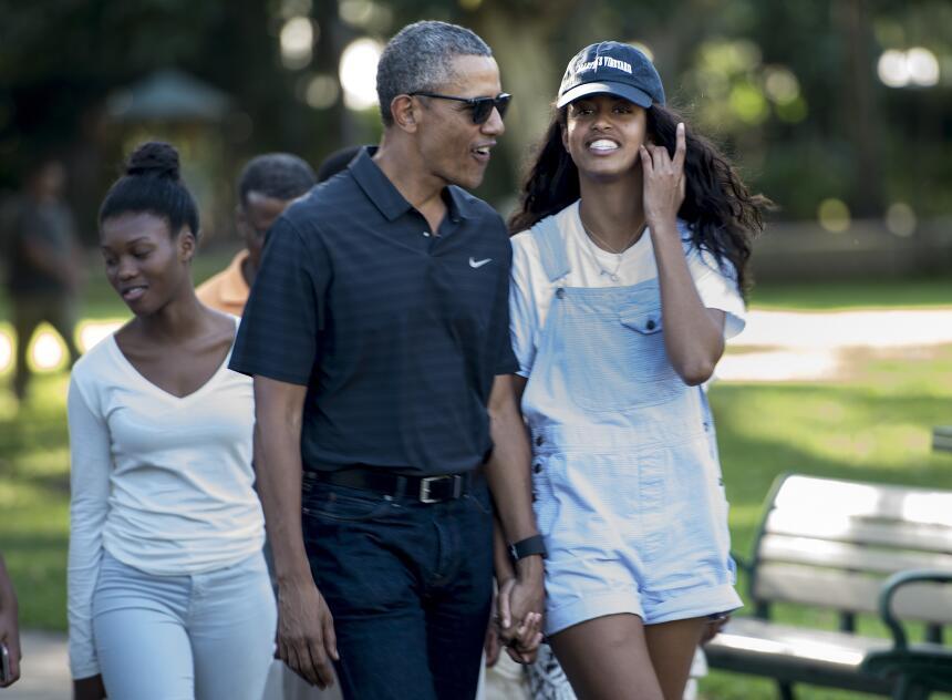 Malia Obama creció dándonos lecciones básicas de moda  GettyImages-50320...