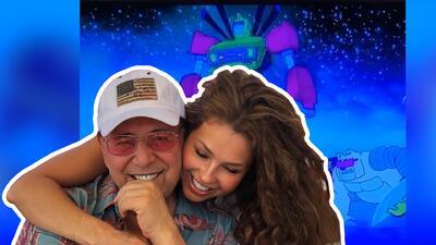 Como niños: Thalía y su esposo se emocionan al ver las caricaturas de sus hijos