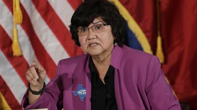 """""""Estoy apta y tengo experiencia"""": Lupe Valdez responde a los comentarios del gobernador Greg Abbott"""