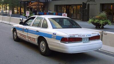 Autoridades emiten una alerta comunitaria por ola de robos a garajes en un área de Chicago