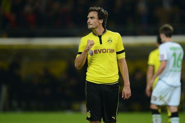 Mats Hummels ya es el presente de la zaga de Alemania y Borussia Dortmun...